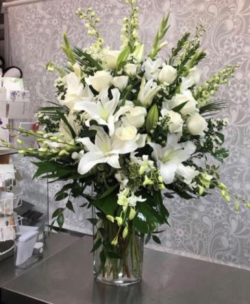 Pure Serenity Vase Vase