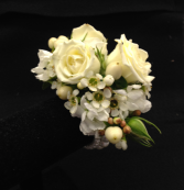 PURE WHITE WONDER Wrist Corsage