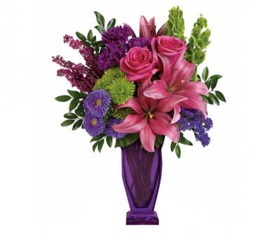 Purple blooming bouquet  Vase