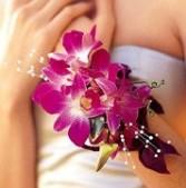 Purple dendrobium corsage Wristle corsage