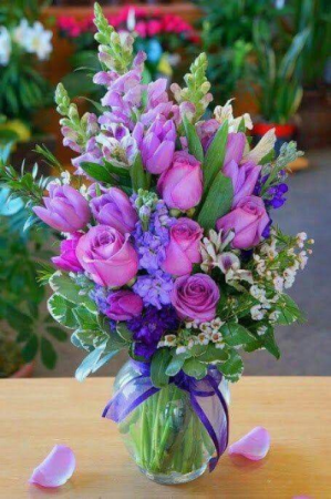 Purple gift Birthday Flowers