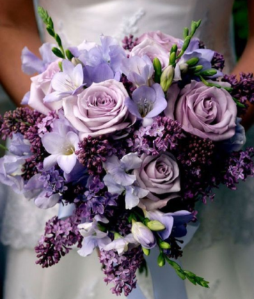 PURPLE HEART COLLECTION ELEGANT MIXTURE OF FLOWERS