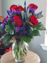 PURPLE HEART  ELEGANT MIXTURE OF FLOWERS