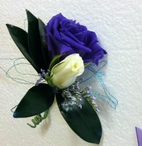 Purple lisianthus boutoniere