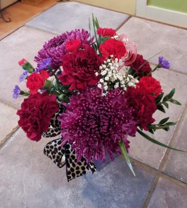Purple Passion Fresh flower arrangement
