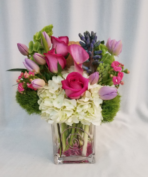 Pushing Spring Arrangement in Boca Raton, FL | Flowers of Boca