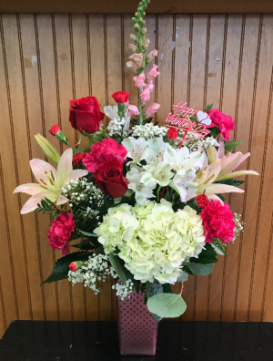 Queen of Hearts  in Yankton, SD | Pied Piper Flowers & Gifts