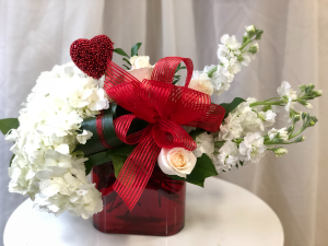Queen of Hearts  Vase Arrangement  in Woodbridge, ON | PRIMAVERA FLOWERS & MORE