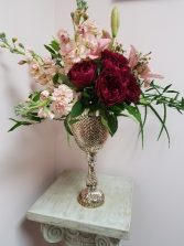 Queen of My Heart Fresh Arrangement Vintage Collection