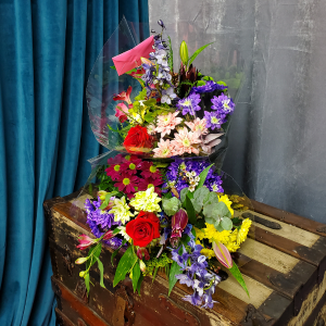 Rainbow's Bouquet in Brentwood Bay, BC | PETALS N BUDS BRENTWOOD BAY FLORIST