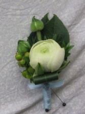 Ranunculus Boutoniere