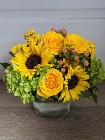 Ray of Sunshine fresh arrangement