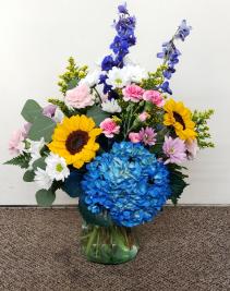 Razzel Dazzel Bouquet Fresh Flower Vase