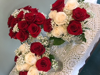 Red and white rose wedding bouquets in north chili ny westside red and white rose wedding bouquets mightylinksfo
