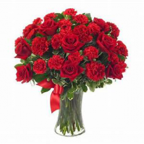 Red Beauty Roses & Carnation Floral Arrangement
