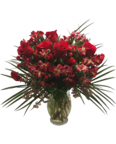 Red Bloom Flowers Arrangement