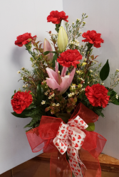 RED CARNATIONS WITH FRAGRANT LILY