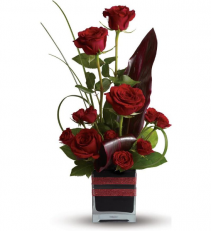 Red Charm Fresh Arrangement