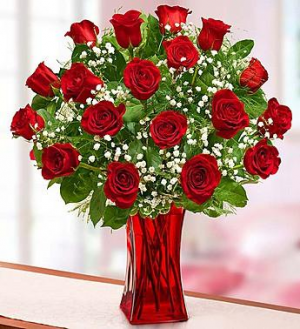 Red Hot Love Rose Arrangement in Winston Salem, NC | RAE'S NORTH POINT FLORIST INC.