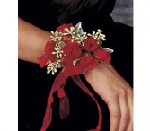Red Hot Roses Wristlet                     TF161-7 Corsage