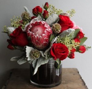 RED PASSION ELEGANT MIXTURE OF FLOWERS in Houston, TX | Bella Flori