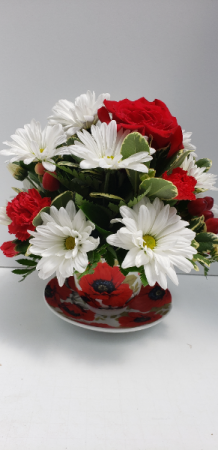 Red Poppy Bliss Tea cup Arrangement