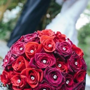 Red Rose Bouquet Wedding Bouquet in Abbotsford, BC - BUCKETS FRESH ...