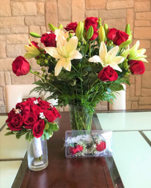 Red Rose Bridal Flowers  in Buda, TX | BUDAFUL FLOWERS