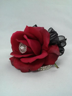 Red Rose Corsage   in Oakville, ON | ANN'S FLOWER BOUTIQUE-Wedding & Event Florist