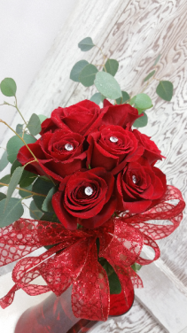 RED ROSE HAND TIED BOUQUET HAND TIED / WRAPPED