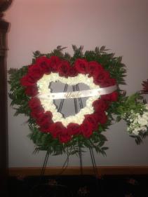 Red rose heart wreath wreath