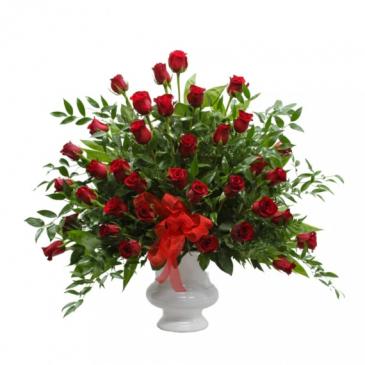 Red Rose Pedestal urn