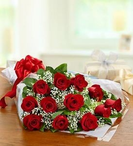 One Dozen Red Roses  Presentation Bouquet