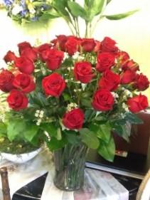 Red Rose Spectacular 36 Red Roses in Vase