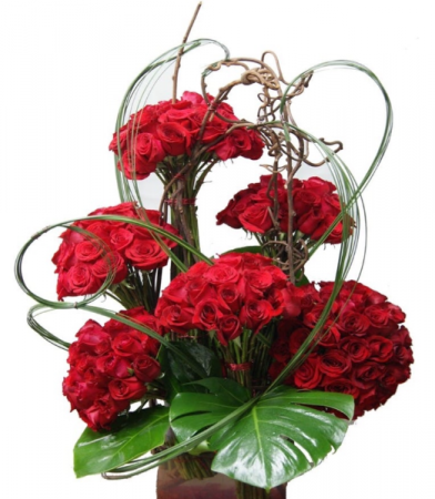 RED ROSE SPECTACULAR  200 long roses Valentine's/Anniversary