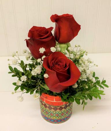 Red Rose Trio in Mosaic Keepsake