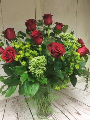 True  Roses  in Easton, CT | Felicia's Fleurs