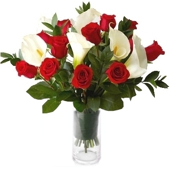 RED ROSES & CALLA LILY ARRANGEMENT