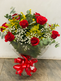 Red roses in vase Birthday