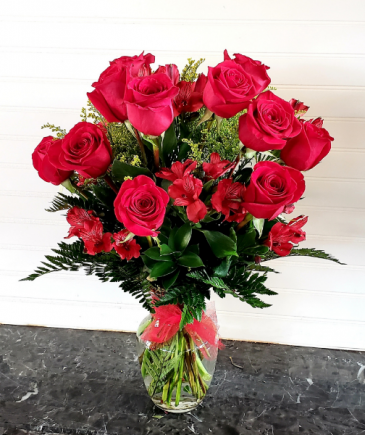 Red Roses & Peruvian Lilies Exclusively at Mom & Pops