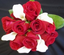 Red Roses & White Callas