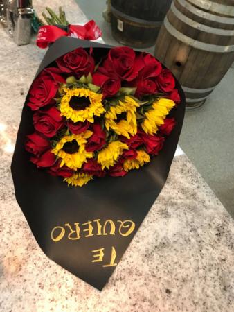 Red Roses With Sunflowers Arrangement In Phoenix Az La Ocasion Flower Shop