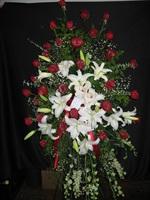 Red Rose/White Lily Sympathy Spray