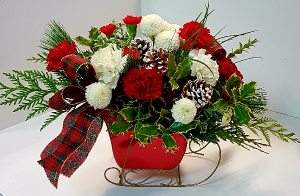 RED SLEIGH BOUQUET Fresh Arrangement in Newmarket, ON | FLOWERS 'N THINGS FLOWER & GIFT SHOP