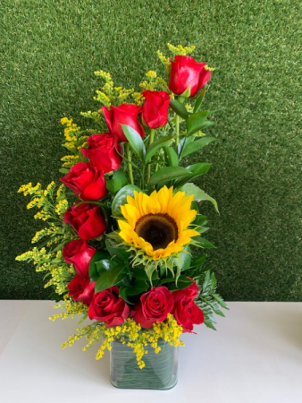 RED SUNSHINE ARRANGEMENT