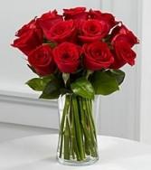 Red Unique and Clean Design Vase Arrangement