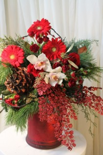 RED VELVET Christmas Arrangement