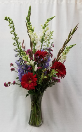 Red, White and Blue Fresh Arrangement in Vase