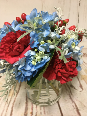RED WHITE & BLUE  in Easton, CT | Felicia's Fleurs
