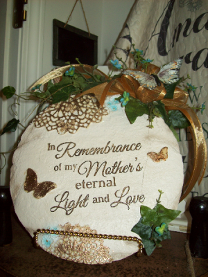 Rememberence Sympathy Stone in Eldorado, IL | NATURE'S NEST